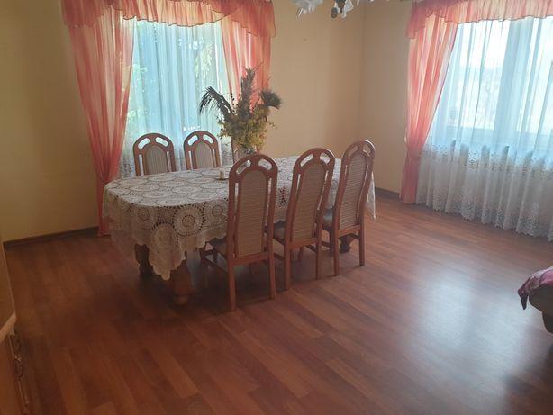 Stół dębowy rozkładany Plus krzesła