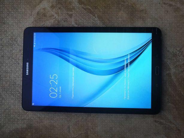 Планшет SAMSUNG Galaxy tab E 9.6 sm-t561