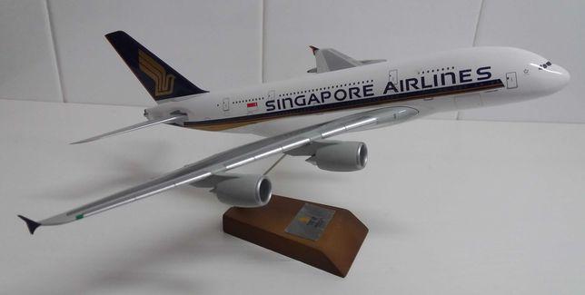 Aviões de coleção- Singapore Airlines Airbus A 380 em resina