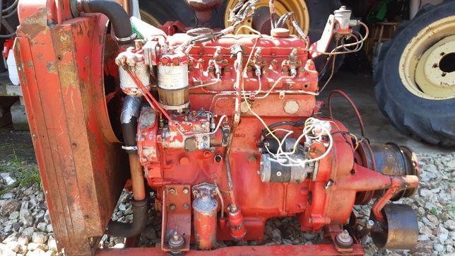 Silnik Perkins 4 cylindrowy 4.236 Massey Ferguson, Claas. 4P