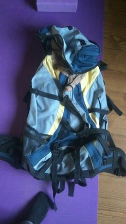 Рюкзак туристический 55 л с металлической вставкой