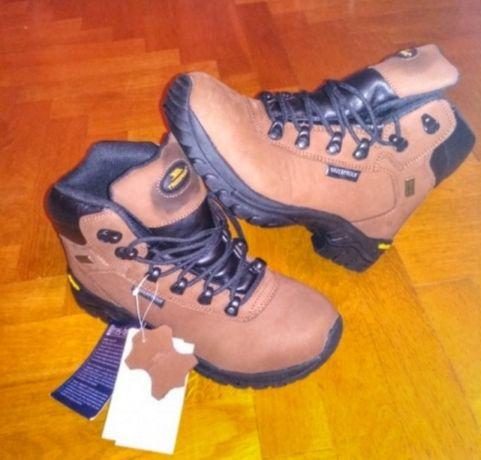 Трекінгове взуття боти черевики термоботинки lowa salewa mendl tress