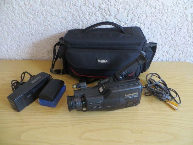 Câmara de filmar PANASONIC. Kit completo!!!
