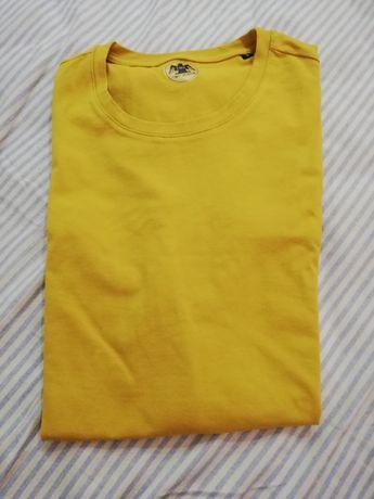 T-shirt Amarela Simples   Homen