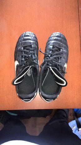 Chuteiras Futebol Nike tamanho 38