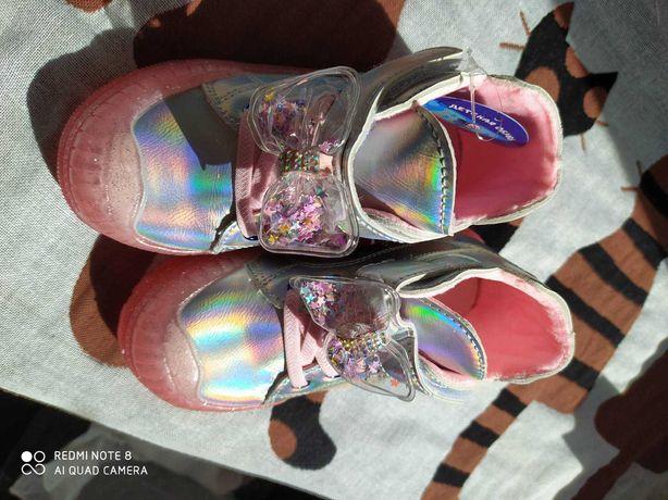 Ботинки деми, галограмма, 23 размер