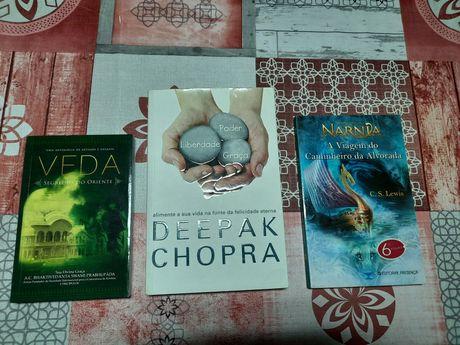Vendo vários livros