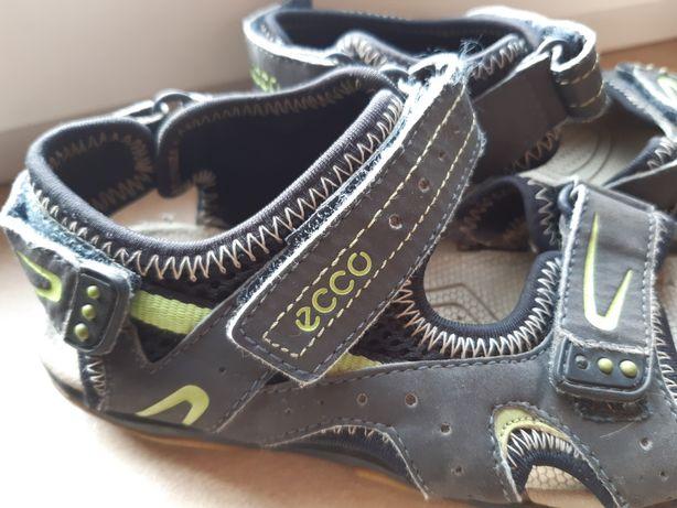 Sandały  Ecco roz 30 dwie pary
