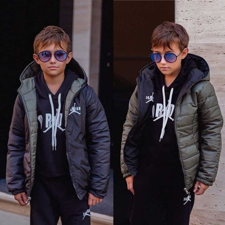 Стильная двухсторонняя  детская куртка Джордан