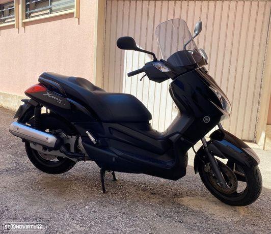 Yamaha X-Max  125i