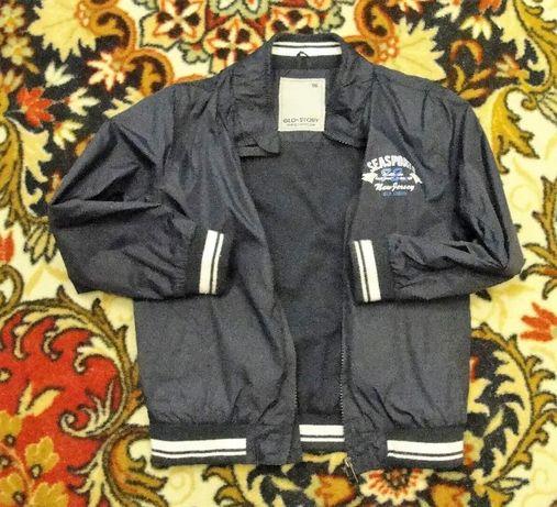 Куртка-ветровка для мальчика. Размер 34