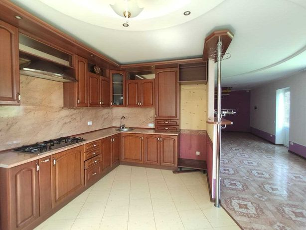 Продам добротний будинок