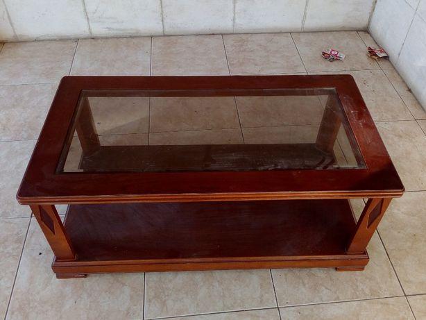 Vendo mesa centro (sala) cerejeira, bom estado, apenas precisa limpeza