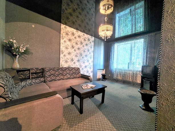 3 комнат. сталинка ул Анненко (Сыча), 21 с гаражем (рядом Октябрьская)