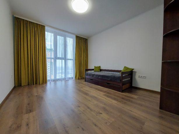 Купить 3 комнатную квартиру, Семьи Кульженков,37, ЖК Яскравый. Минский