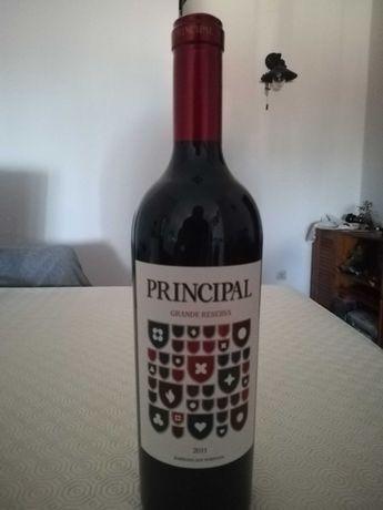 Garrafa de Vinho marca Principal