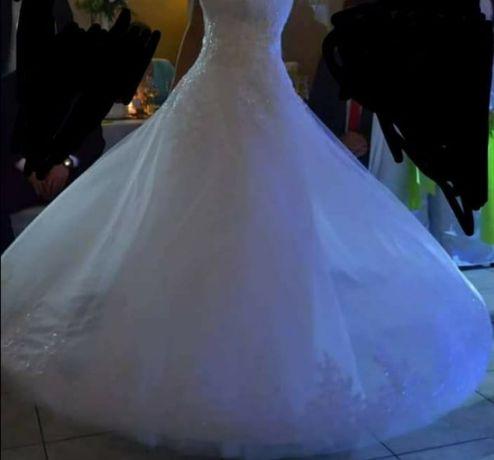 Przepiękna suknia ślubna DUBER