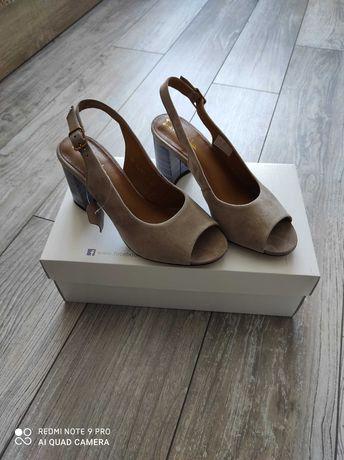 Nowe sandały maciejka 36 na obcasie
