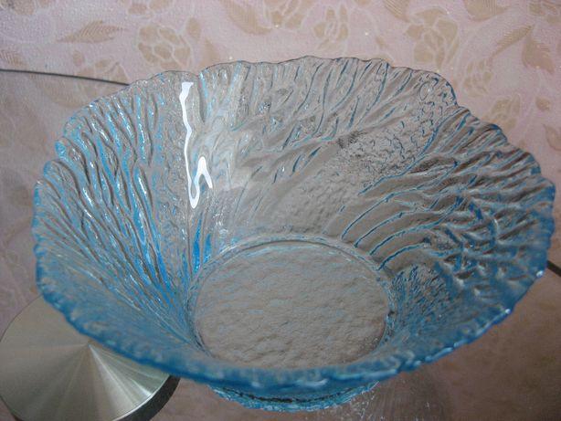 салатник салатница голубое стекло цветное коралл ссср