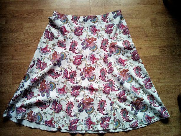 Biała spódnica midi, barwne wzory kwiatowe-paisley, len, wiskoza r.48