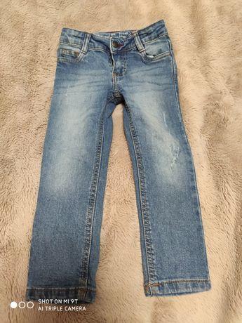 Jeansy/spodnie chłopięce rozm 104