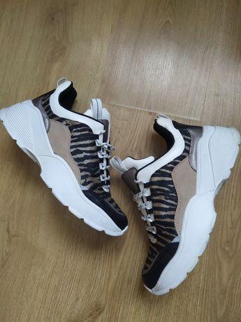 Buty sportowe adidasy w zebrę h&m 39