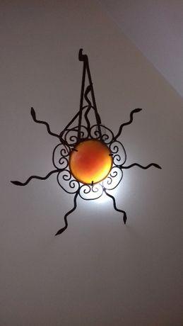 Apliques marroquinos um amarelo outro laranja /não estão eletrificados