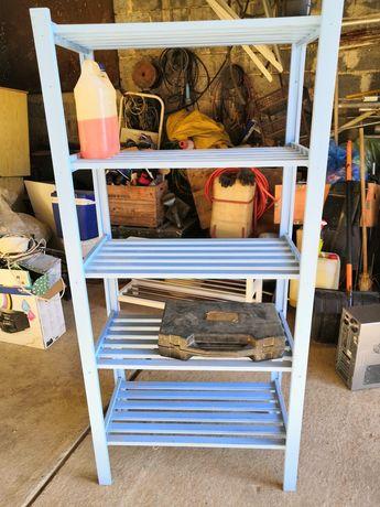 Drewniany niebieski regał, półka
