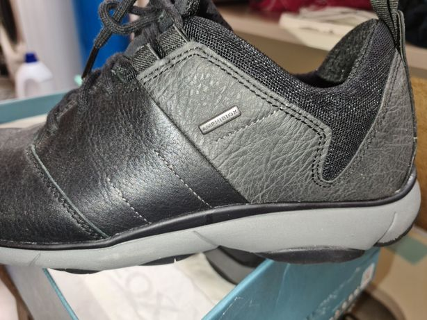 Sapatos Marca Geox