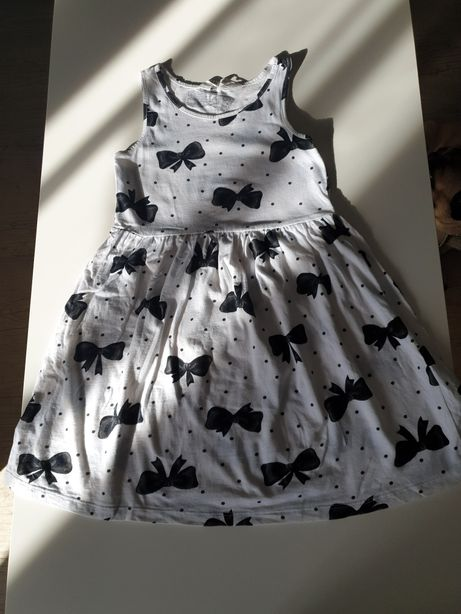 Letnia sukienka dla dziewczynki