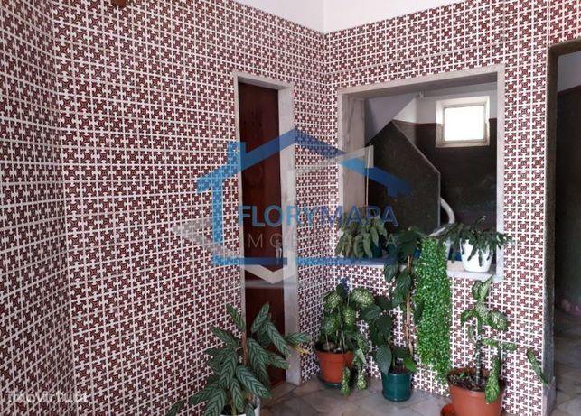Vende Apartamento T2 Carnaxide