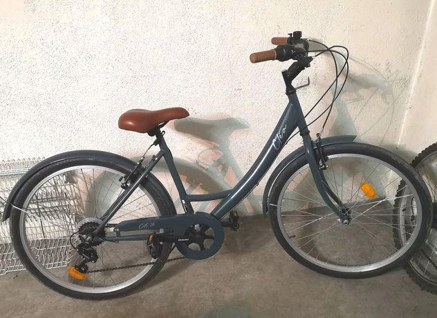 Bicicleta de cidade para senhora como nova.