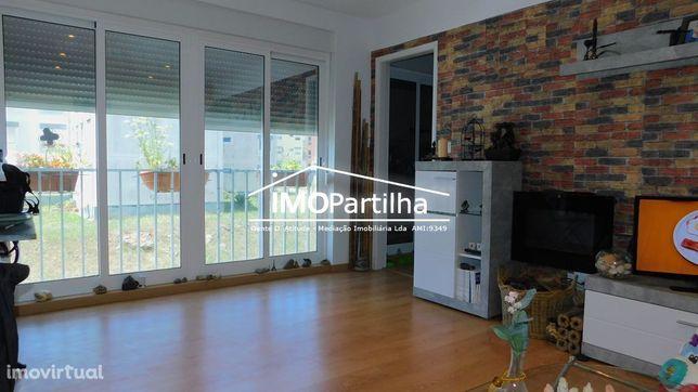 Apartamento T2 Serra das Minas - 1º Andar - Oportunidade