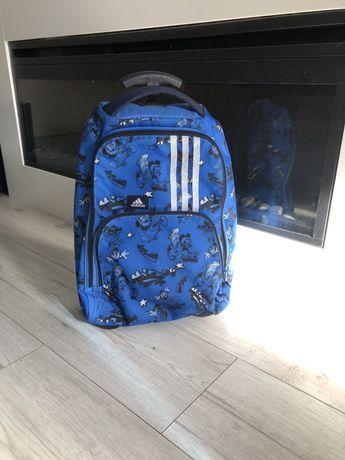 Продам два чемодана на колесах adidas оригинал детский