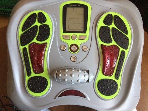 Urzadzenie do masażu stóp i ciała