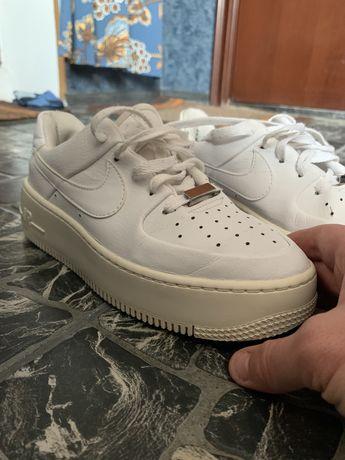 Кроссовки NikeAir Force
