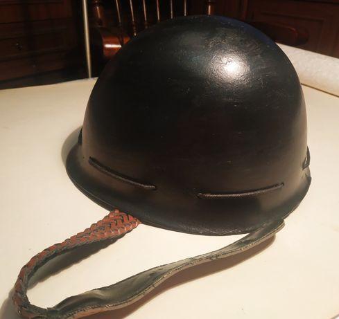 Каска пластмассовая (стилизованная под военную)