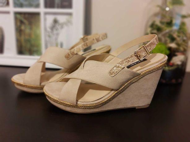 Sandały na koturnach, koturny damskie, kremowe, 39 NOWE