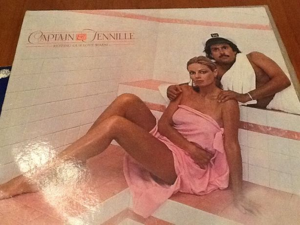 Vinil Vintage Captain & Tennille -Keeping our love Warm