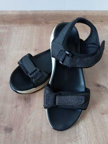 Czarne sandały brokatowe 39