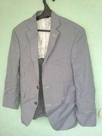 Пиджак мужской в полоску