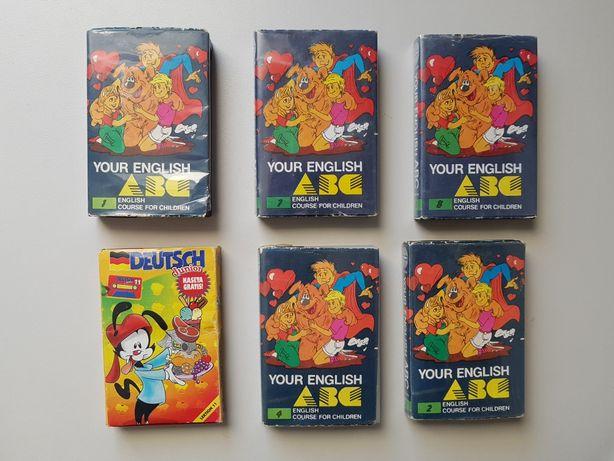 Kolekcja kaset do nauki języka angielskiego i niemieckiego.