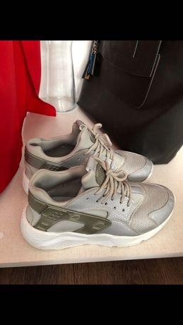 Nike Huarache, buty sportowe