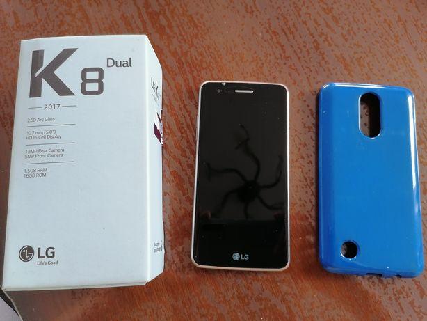 LG K8 Dual 2017 z etui