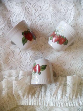 Три чашечки