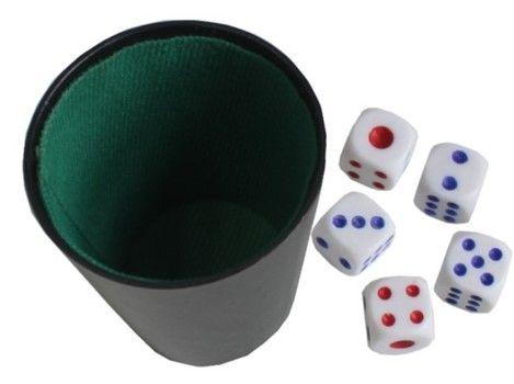 Gra w kości kubek i 5 kostek