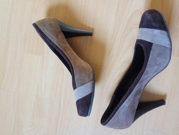 Sapatos 41 Globe n 41 em pele (camurça)