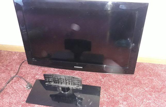 Телевизор Samsung LE32A450C2