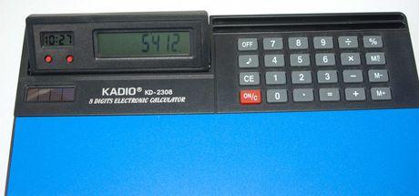 Tapete para rato com horas, dia e mês, calculadora
