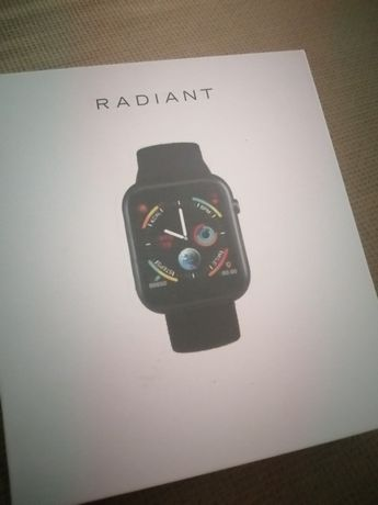 Smartwatch radiante em rose gold